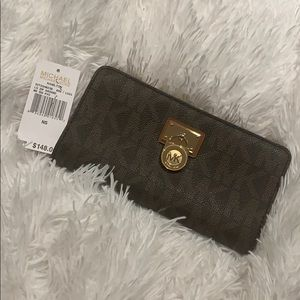 Michael Kors large Hamilton zip around wallet